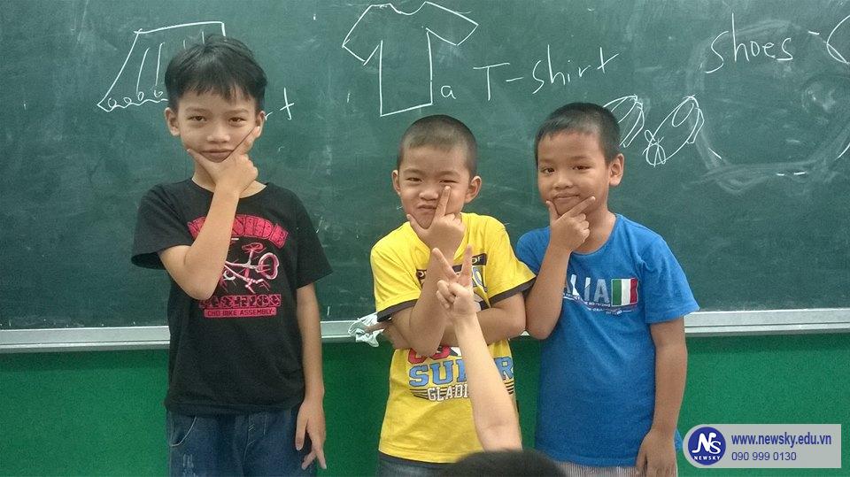 Học tiếng Anh hè bổ ích và thú vị cho trẻ tại TPHCM