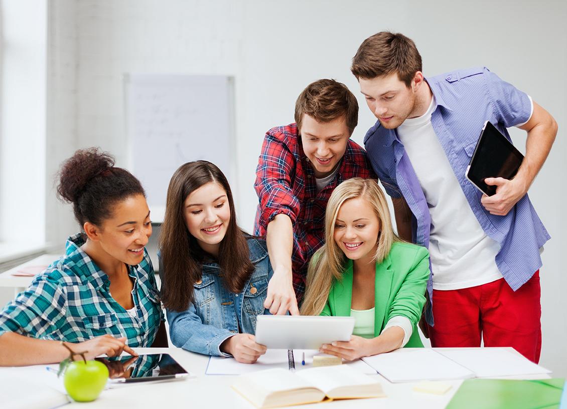 Học Tiếng Anh chất lượng cho sinh viên quận Bình Tân