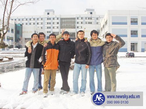 Học tiếng Hàn giao tiếp uy tín TPHCM